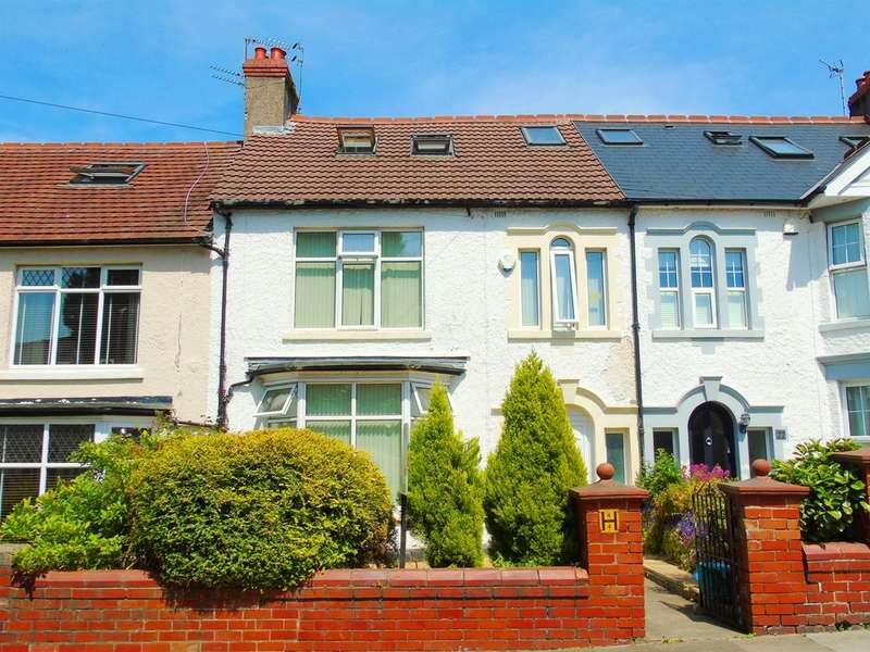4 Bedrooms Terraced House for sale in Baroness Place, Penarth
