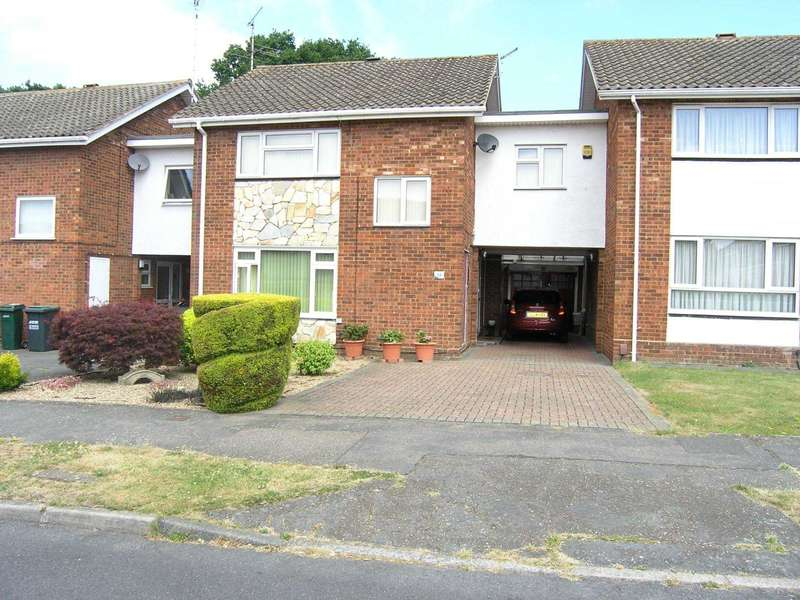 3 Bedrooms Link Detached House for sale in Foxleys, Carpenders Park