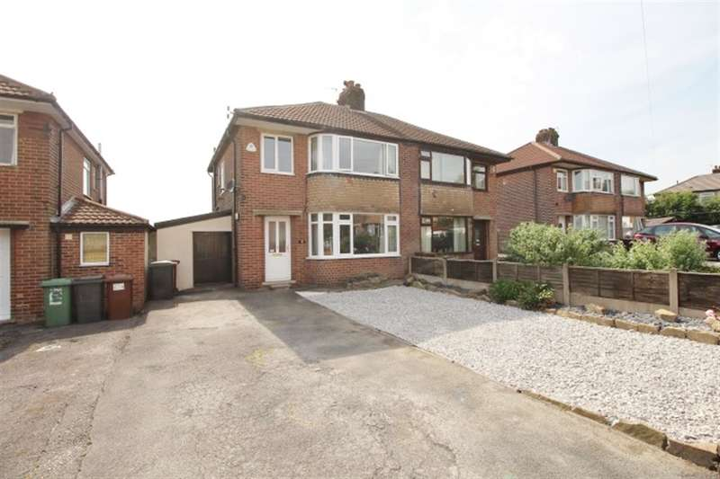 3 Bedrooms Semi Detached House for sale in Chatsworth Avenue, Pudsey, LS28 8JU