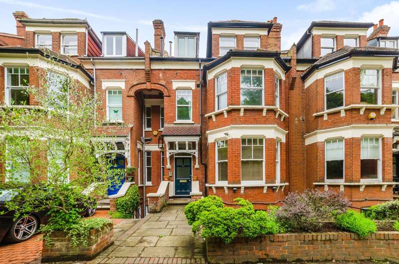 3 Bedrooms Flat for sale in Muswell Hill Road, Muswell Hill, N10