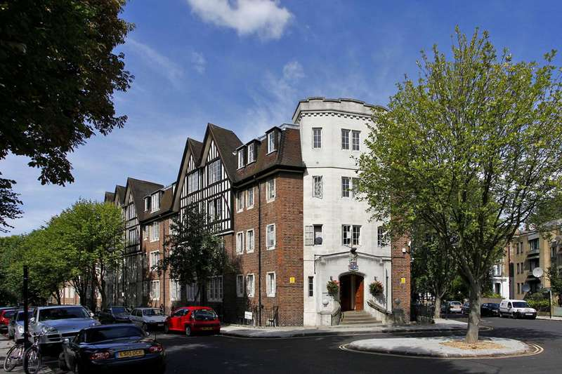 1 Bedroom Flat for sale in Mortimer Crescent, Kilburn, NW6