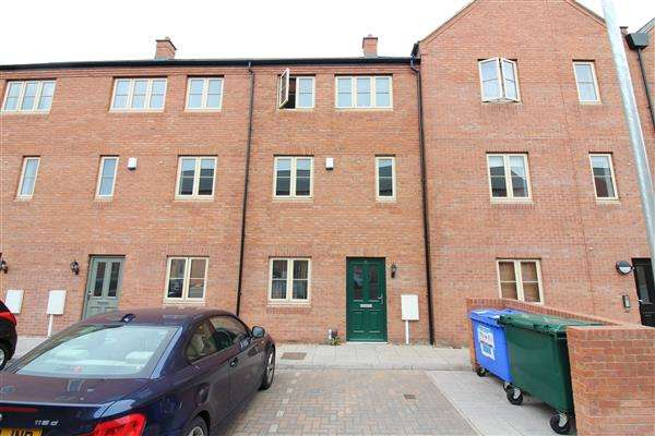 4 Bedrooms Terraced House for sale in Kilby Mews, Off Gosford Street