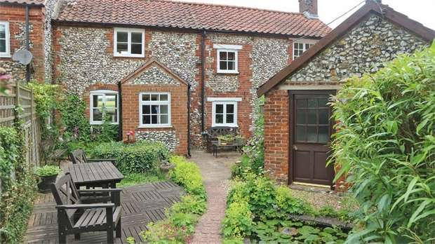 4 Bedrooms End Of Terrace House for sale in Tittleshall Road, Litcham, King's Lynn, Norfolk