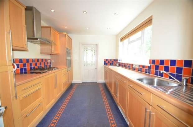 5 Bedrooms Semi Detached House for sale in Tennyson Road, Mill Hill, NW7