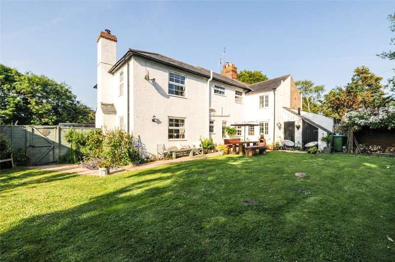 4 Bedrooms Semi Detached House for sale in Warningcamp, Arundel, BN18