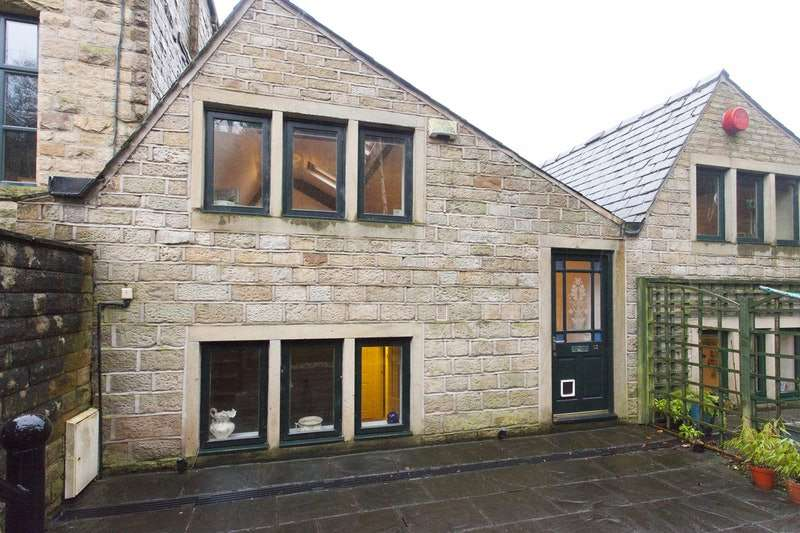 1 Bedroom Town House for sale in 52 Wool Road, Dobcross, Lancashire, OL3