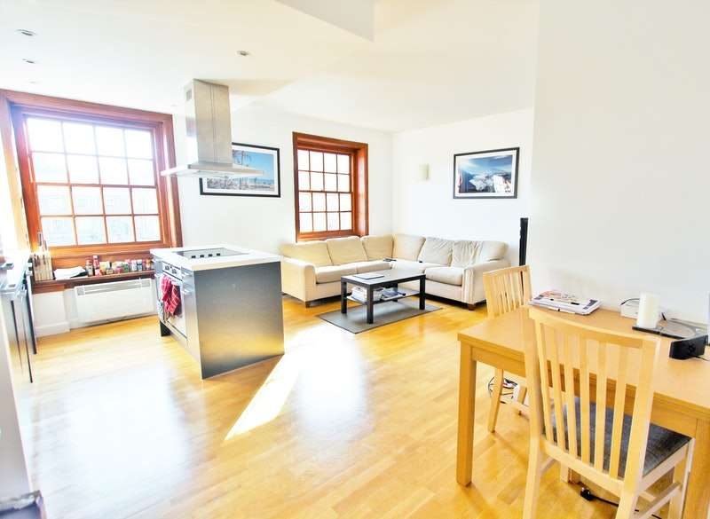 2 Bedrooms Flat for sale in Scott Avenue, Putney, London, SW15