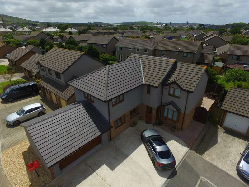 5 Bedrooms Detached House for sale in Wheal Agar, Pool