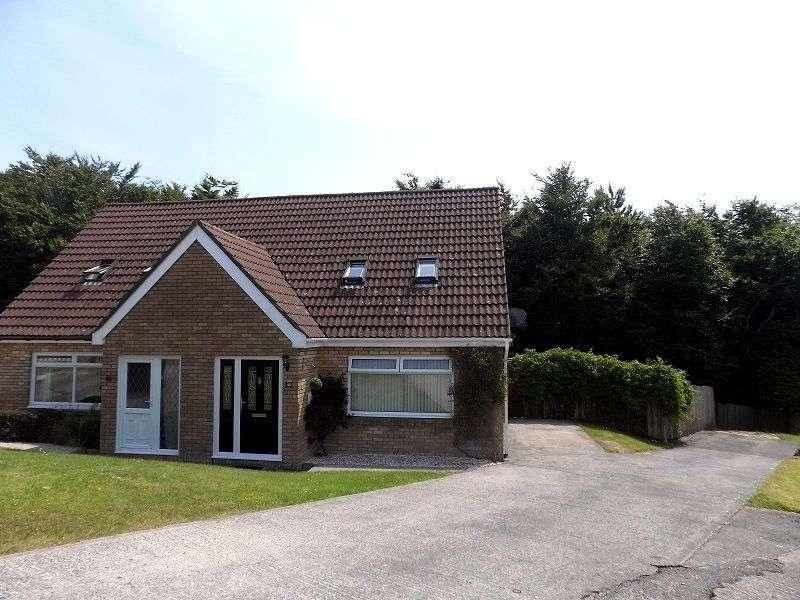 3 Bedrooms Semi Detached Bungalow for sale in Hunters Ridge, Brackla, Bridgend. CF31 2LH