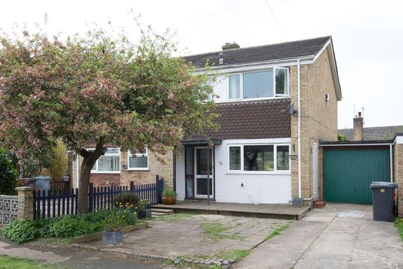3 Bedrooms Semi Detached House for sale in Abbey Road, Witney, Oxfordshire, OX28