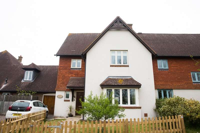 4 Bedrooms Link Detached House for sale in Tile Kiln, Lewes, East Sussex, BN8
