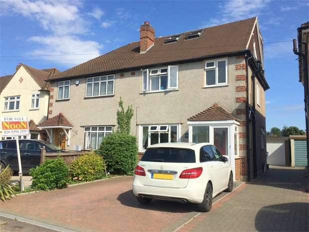 4 Bedrooms Semi Detached House for sale in Danetree Road, West Ewell