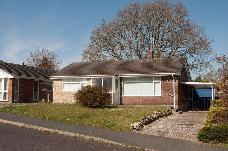 2 Bedrooms Bungalow for sale in Northport Drive, Wareham