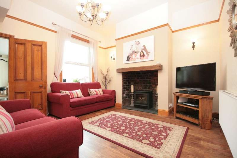4 Bedrooms Semi Detached House for sale in Pilkington Road, Southport, PR8 6PD