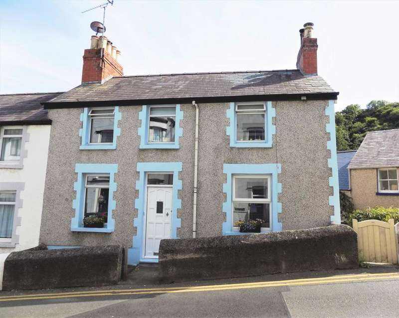 4 Bedrooms Semi Detached House for sale in Ty Gwyn Road, Llandudno, LL30