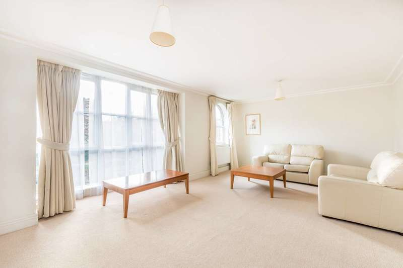2 Bedrooms Flat for rent in Keble Place, Barnes, SW13