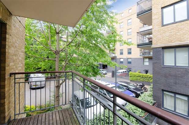 3 Bedrooms Flat for sale in Providence Square, Bermondsey, Shad Thames
