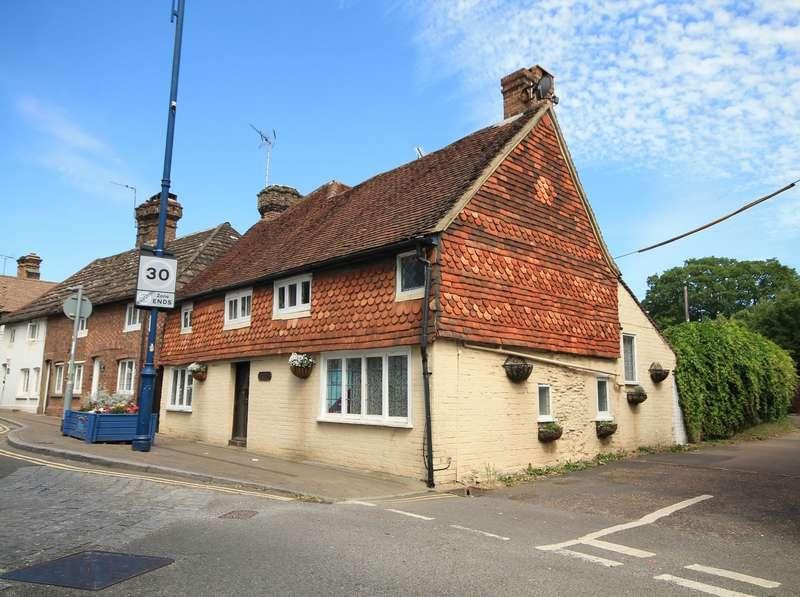 4 Bedrooms Detached House for sale in High Street, Billingshurst, RH14