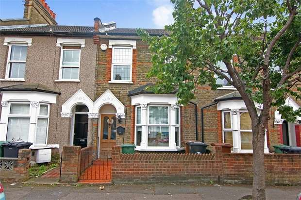 2 Bedrooms Terraced House for sale in Clarence Road, Walthamstow, London