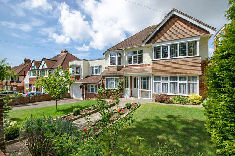 6 Bedrooms Detached House for sale in Drayton, Hampshire