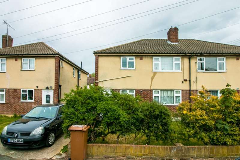 2 Bedrooms Maisonette Flat for sale in St. James Avenue, Sutton, Surrey, SM1