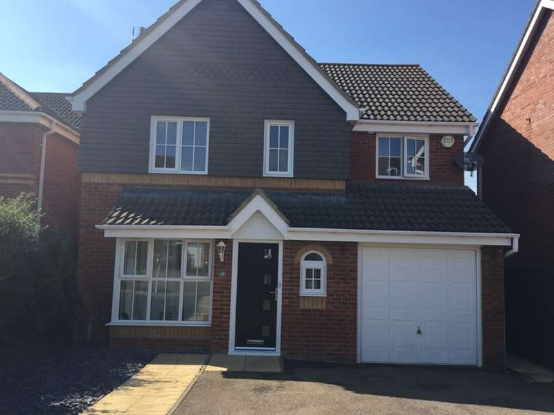 4 Bedrooms Detached House for sale in Aintree Drive, Rushden, Northamptonshire, NN10