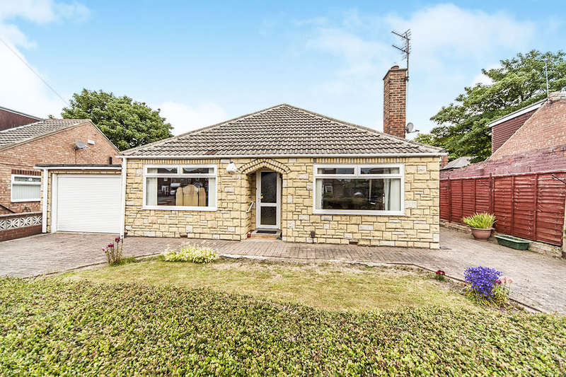 3 Bedrooms Detached Bungalow for sale in Hamilton Grove, Middlesbrough, TS6