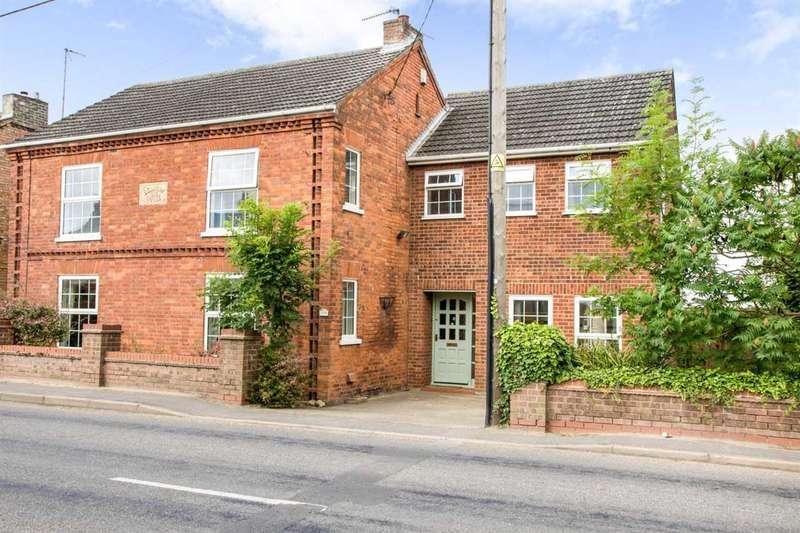 4 Bedrooms Detached House for sale in Fridaybridge Road, Elm