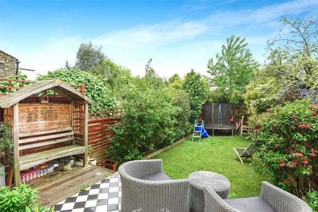 2 Bedrooms Flat for sale in Hanover Road, Kensal Rise, London