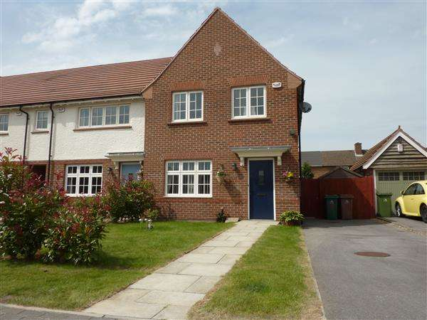 3 Bedrooms End Of Terrace House for sale in SHELDON ROAD, SCARTHO TOP, GRIMSBY