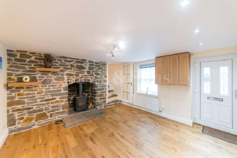 2 Bedrooms Terraced House for sale in Tregwilym Road, Rogerstone, Newport. NP10 9EQ