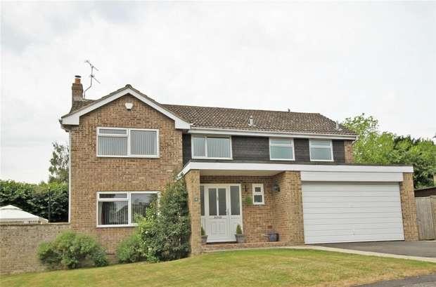 4 Bedrooms Detached House for sale in 4 Kenton Drive, Trowbridge, Wiltshire