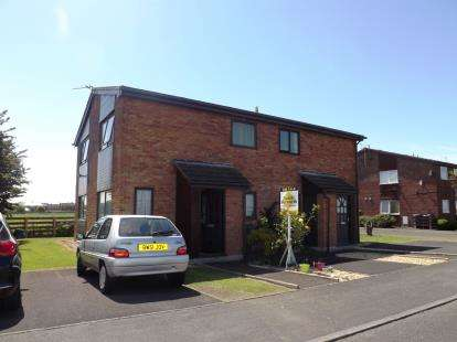 1 Bedroom Semi Detached House for sale in The Hamlet, Lytham St. Annes, Lancashire, United Kingdom, FY8