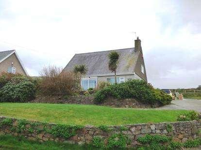 3 Bedrooms Bungalow for sale in Pistyll, Pwllheli, ., Gwynedd, LL53