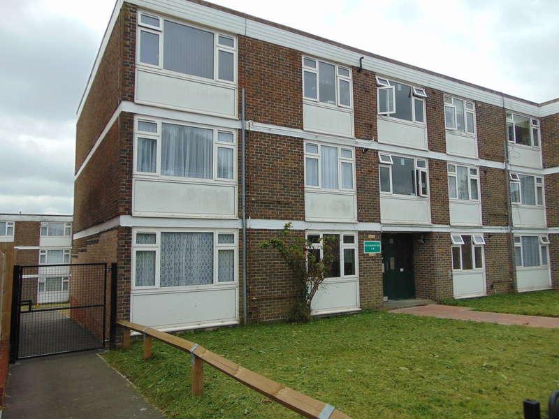 2 Bedrooms Flat for sale in Heathfield Vale, South Croydon, CR2 9AJ