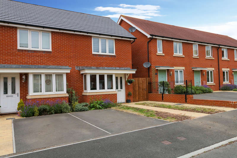 2 Bedrooms End Of Terrace House for sale in Henrys Run, Cranbrook