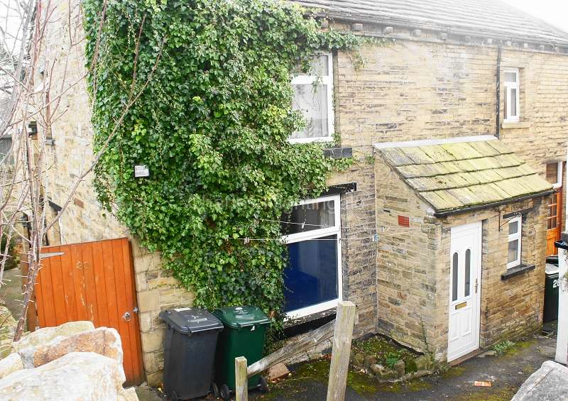 1 Bedroom Terraced House for sale in Frizinghall Road, Bradford, West Yorkshire. BD9 4LD
