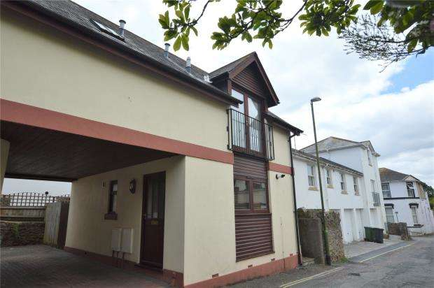 3 Bedrooms Semi Detached House for sale in Greenway Lane, St Marychurch, Torquay, Devon