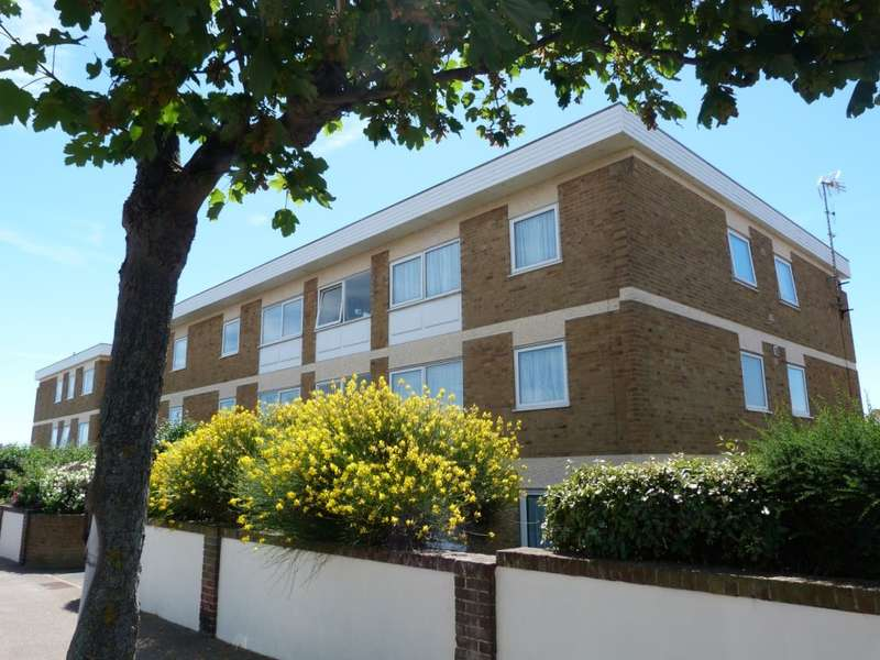3 Bedrooms Apartment Flat for sale in Copperfield Court, Rectory Road, Broadstairs