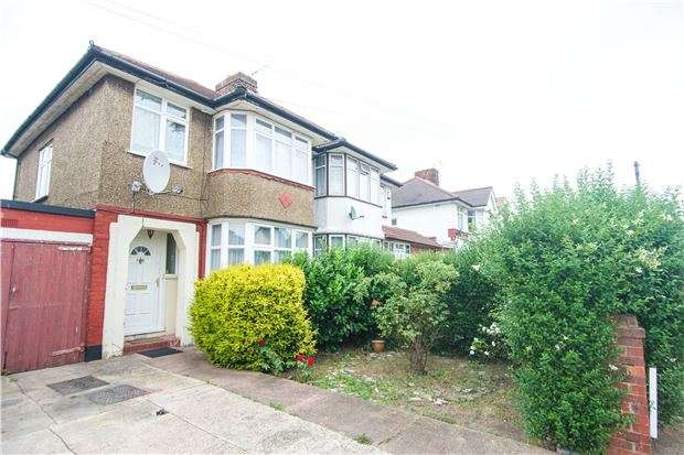3 Bedrooms Semi Detached House for sale in Rugby Road, KINGSBURY, NW9 9LB
