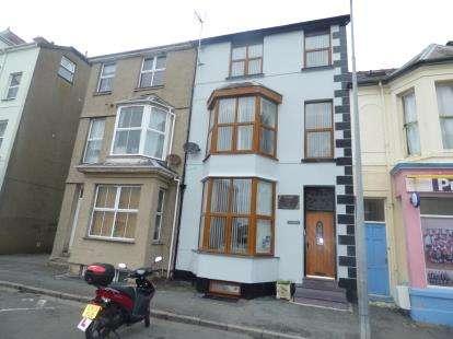7 Bedrooms Terraced House for sale in Churton Street, Pwllheli, Gwynedd, LL53