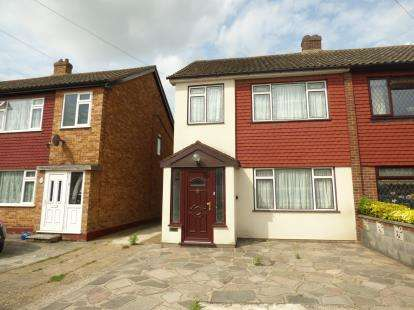 3 Bedrooms Semi Detached House for sale in Rainham, Essex, .
