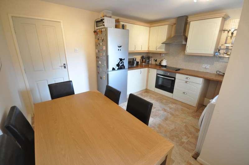 2 Bedrooms Flat for sale in Brighton Avenue, St Annes, Lytham St Annes, Lancashire, FY8 1XQ