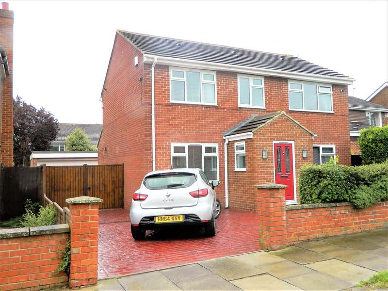 3 Bedrooms Detached House for sale in Foxwood Drive, Elm Tree, Stockton on Tees, County Durham, TS19