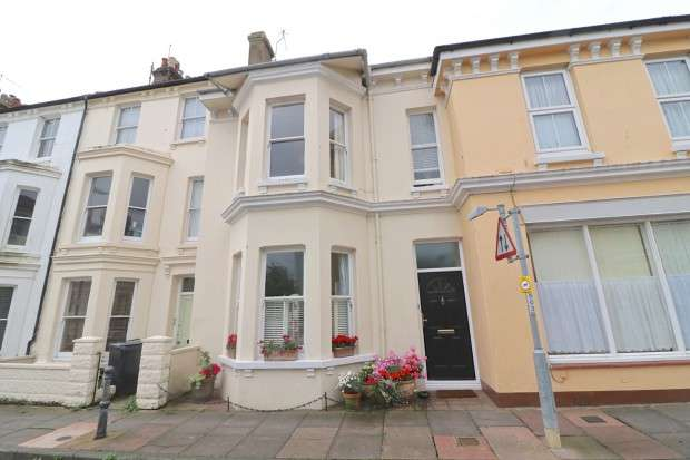 3 Bedrooms Terraced House for sale in York Road, Eastbourne, BN21