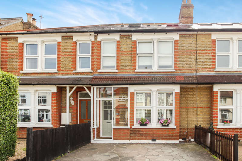 4 Bedrooms Terraced House for sale in Worthington Road, Surbiton