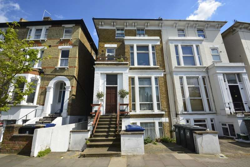 1 Bedroom Flat for sale in Argyle Road, Ealing, London, W13