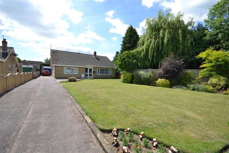 3 Bedrooms Bungalow for sale in Julius Martin Lane, Soham