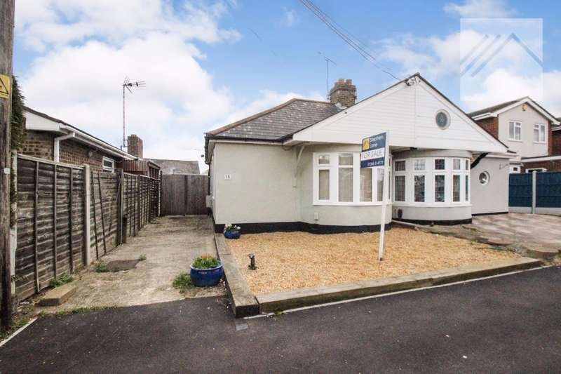 3 Bedrooms Bungalow for sale in Letzen Road, Canvey Island, - IT'S A BEAUT