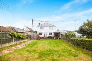 7 Bedrooms Detached House for sale in Dymchurch Road, St. Marys Bay, Romney Marsh, Kent